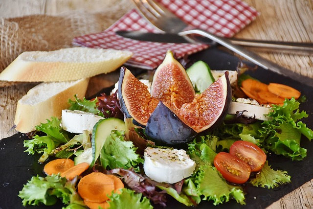 Have a Nutritious Diet to reduce cancer